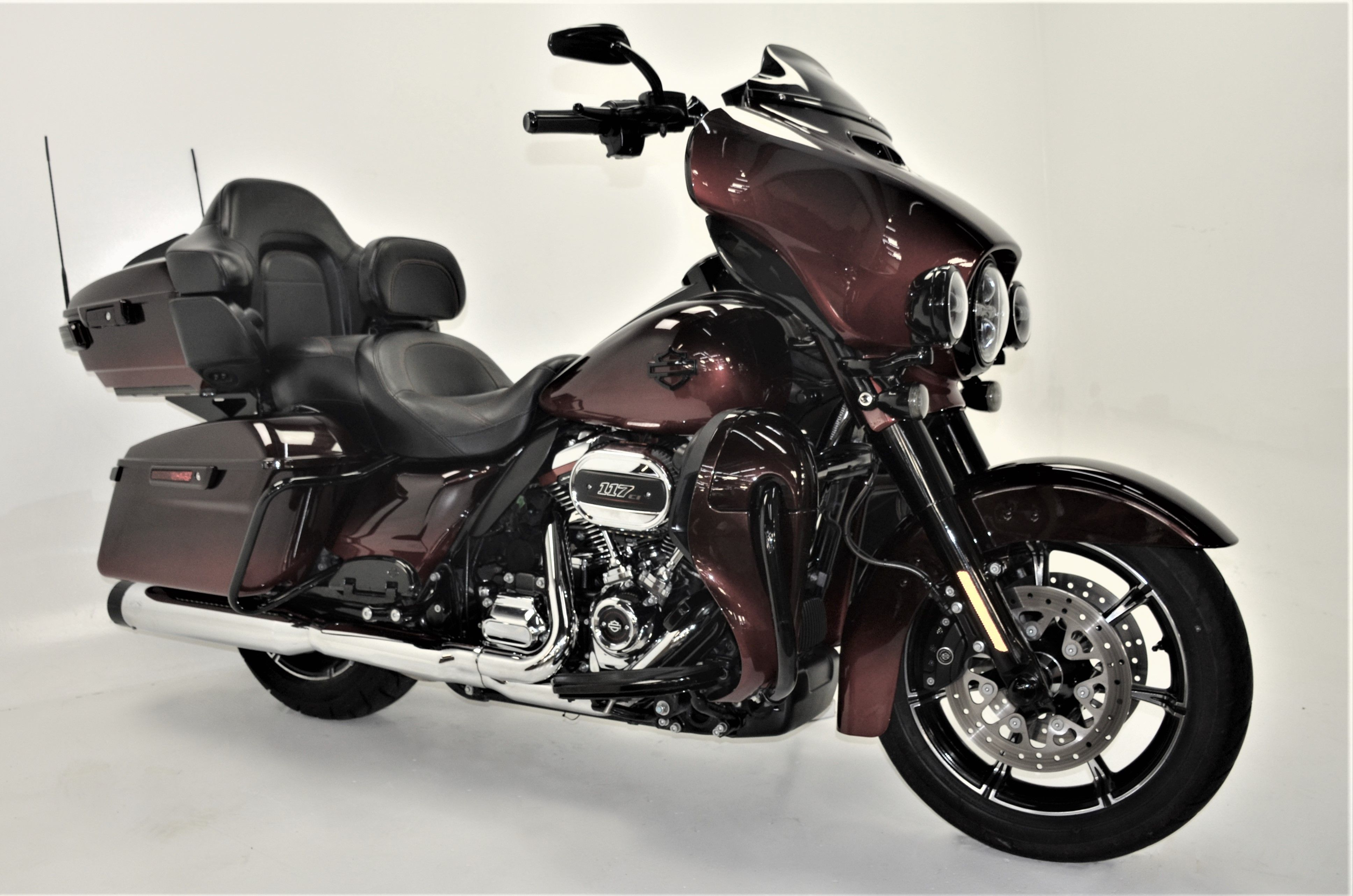 Pre-Owned 2018 Harley-Davidson CVO Limited