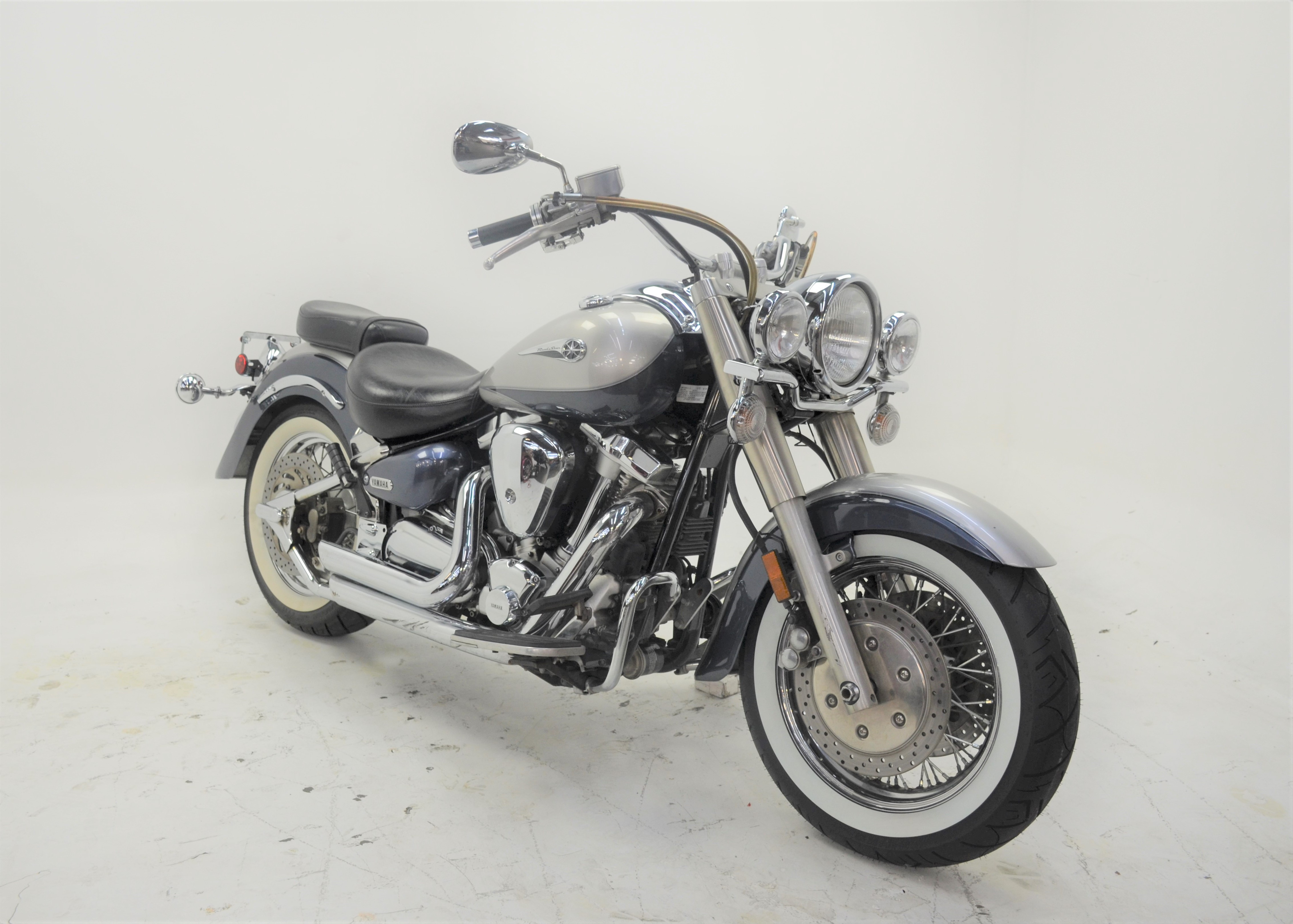 Pre-Owned 2006 YAMAHA Road Star