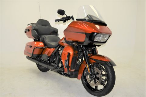 Pre-Owned 2020 Harley-Davidson Road Glide Limited