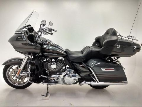 Pre-Owned 2016 Harley-Davidson CVO Road Glide Ultra