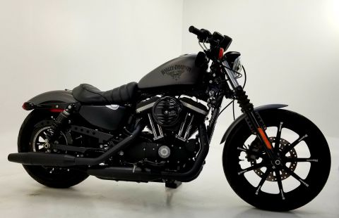 Pre-Owned 2017 HARLEY DAVIDSON XL883N IRON